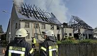 Brand zerstört alten Bauernhof
