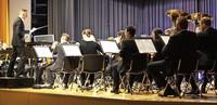 60 Blasmusiker begeistern Publikum