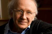 Der in Basel lebende Oboist, Dirigent und Komponist Heinz Holliger wird heute 80 Jahre alt