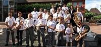 Stadtmusik musiziert in Neuenburg