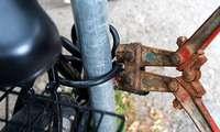 Passanten verhindern möglicherweise einen Fahrraddiebstahl in Lörrach