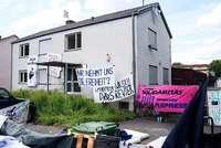 Besetzer haben Gebäude vor der Räumung verlassen