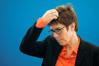 """CDU-Chefin spricht von """"Regeln"""" für digitale Welt – aber die gibt es schon"""