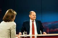Warum Politiker in Interviews ihre Aussagen vernebeln