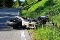 Pfingstwochenende beginnt mit 10 teils schweren Motorradunfällen in Südbaden