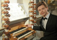 Schopfheimer Orgelsommer startet mit Preisträgerkonzert von Sebastian Heindl