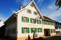 Das 300 Jahre alte Gasthaus Adler in Hausen wurde renoviert