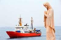 Evangelische Kirche will Rettungsschiff für Flüchtlinge ins Mittelmeer schicken