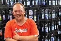 Stuttgarter Getränkehändler verkauft kein Plastik mehr und wird zum Facebook-Star