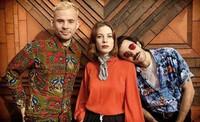 Therapie Taxi, Frankreichs angesagte Elektro-Pop-Band, gastiet in Neuve-Église