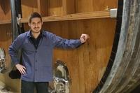 Felix Vogelbacher erklärt, welche Aufgaben und Möglichkeiten ein Kellermeister hat