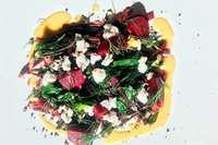 Die beste Zutat dieses Rote-Beete-Salates gibt es geschenkt