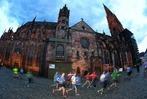 Fotos: Die Freiburger Laufnacht durch die Altstadt in Bildern