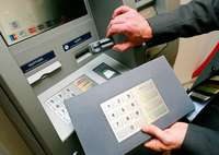 Weniger Betrug am Geldautomat