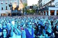 """Festivalchef Markus Muffler ist """"sehr zufrieden"""" mit den Marktplatzkonzerten"""
