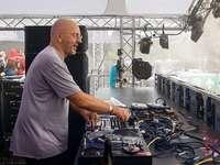 Sven Väth lässt beim Sea-You-Festival Altstars des Rock noch älter aussehen