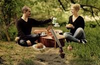 Stimme und Kontrabass: Das Duo DeepTalk gastiert in Kehl