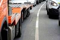 Auf der B31 in Freiburg ist einfach zu viel Verkehr