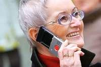 Seniorenhandys: Helfen sie älteren Menschen wirklich?