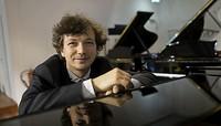 Konzertpianist Mikhail Mordvinov spielt im Augustinum Freiburg