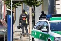 Polizei durchkämmt Wohnungen und Läden nach Drogen