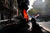 """Ausschreitungen der """"Gelbwesten"""" bei Protesten in Paris"""