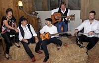 Laramie spielen Country-, Blues- und Rocksongs im Savanna Bistro