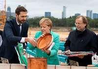 Mit Merkels Segen bei Fritz-Walter-Wetter – DFB legt Grundstein für seine Akademie