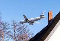 Fast 7000 Schweizer unterschreiben eine Petition gegen Fluglärm vom Euroairport
