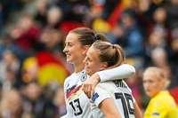 """""""Das gibt mir Mut und Selbstvertrauen"""": SC-Stürmerin Klara Bühl erzielt drei Tore für die Nationalelf"""