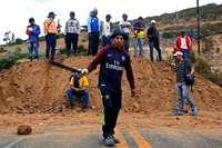 Indigene gehen in Ecuador für billigeren Sprit auf die Straße