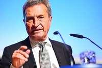 Sprache als Freund und Feind zugleich: Oettinger sagt Adieu