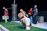 Das Neue Theater Dornach zeigt Becketts Godot in großartiger Besetzung