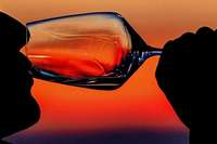 """""""Das Besondere ist, dass überhaupt keine Zusatzstoffe in den Wein kommen"""""""