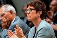 Der Druck auf Annegret Kramp-Karrenbauer als CDU-Chefin wächst weiter