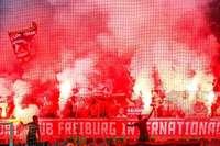 """Im SC-Publikum knarzt es zwischen """"normalen"""" Fans und Ultras"""