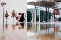 Bundestagssitzung wegen Notfalls am Rednerpult unterbrochen