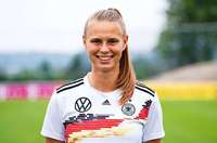 SC-Spielerinnen Klara Bühl und Merle Frohms glänzen beim 2:1-Sieg des Nationalteams gegen England