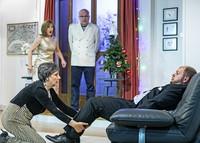 """Baseldytschi Bihn spielt im Kellertheater im Lohnhof in Basel die Komödie """"Doo woone miir"""""""