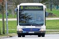 Sechs Menschen werden in einem Bus in Lörrach verletzt