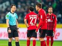 Fotos: SC Freiburg bekommt Thuram und Embolo in Gladbach nie unter Kontrolle