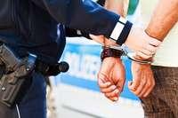 Polizei nimmt Mann mit drei Haftbefehlen am Hauptbahnhof Freiburg fest