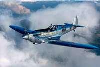 Zwei Piloten umrunden mit Oldtimer-Flugzeug die Erde