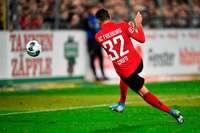 Vincenzo Grifo lässt die Freiburger Fans bis kurz vor Schluss träumen