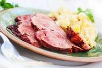 Schäufele, Raclette oder falscher Hase: Was gibt's an Heiligabend?