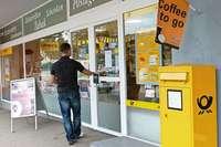 Mit dem Einzelhandel verschwinden auch Postfilialen aus den Dörfern