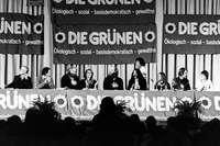 Pazifismus, Schlabberlook und Wirtschaft: Wie sich die Grünen in 40 Jahren gewandelt haben