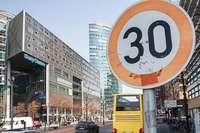 Radeln soll sicherer werden – hilft Tempo 30 in Städten?