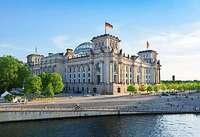 Was macht der Bundestag?