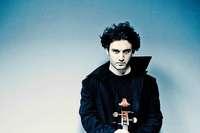 Nicolas Altstaedt (Cello) und das SWR-Orchester spielten in Freiburg
